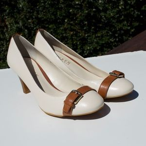 Lauren Ralph Off White Brown Buckle Heels 7